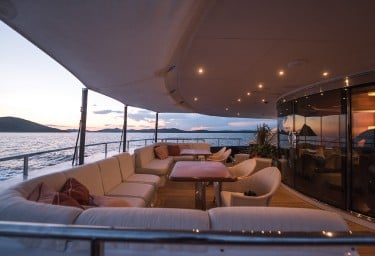AGRAM Aft Deck Seating