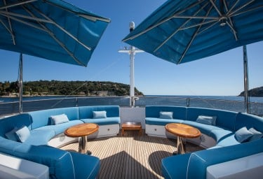 DOMANI Sun Deck Seating
