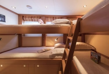 L'EQUINOX Twin Cabin with Pullman Berths
