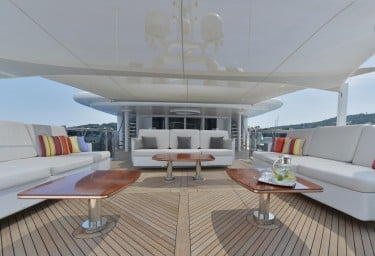 TRIPLE SEVEN Bridge Deck Aft