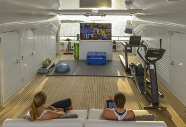 TRIPLE SEVEN Sun Deck Gym