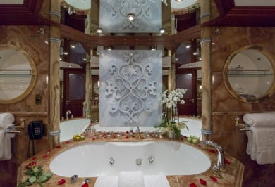 Charter Motor Yacht MOSAIQUE Master Ensuite Bathroom