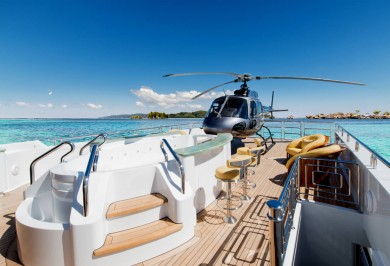 Luxury Charter Yacht MY SEANNA Jacuzzi and Heli Deck