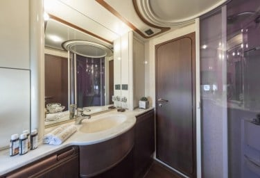 SEA DOG Twin Stateroom Ensuite