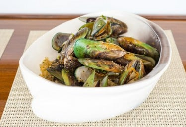 Luxury Expedition Yacht SURI Delectable Cuisine Mussels