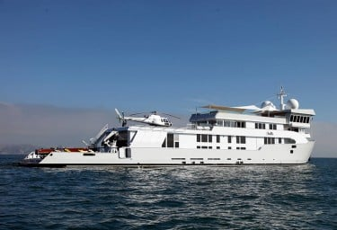 Luxury Expedition Yacht SURI Profile