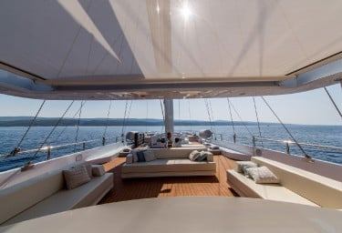 AIAXAIA Flybridge Looking Forward