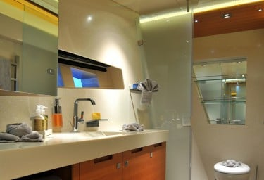 MEYA MEYA VIP Bathroom
