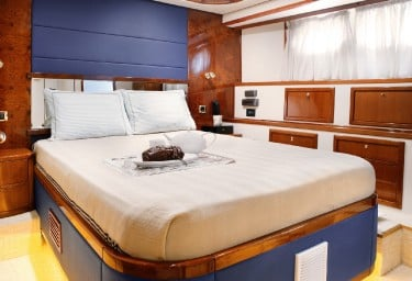 DREAM B Double Cabin