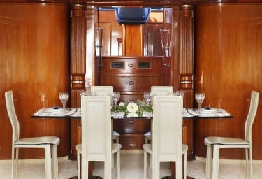 DREAM B Formal Dining