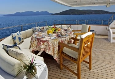 O'RION Aft Deck Breakfast