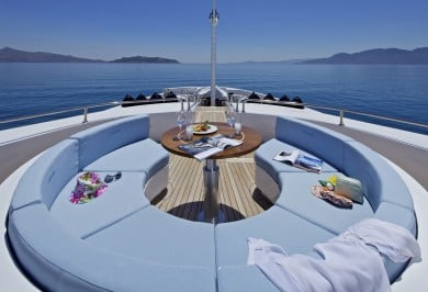 Motor Yacht MIA RAMA Fore Deck Seating Area