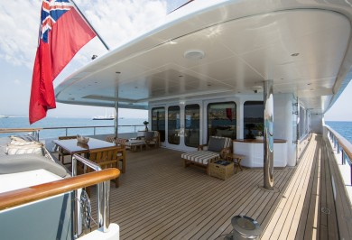 Luxury Motor Yacht MOSAIQUE Aft Deck