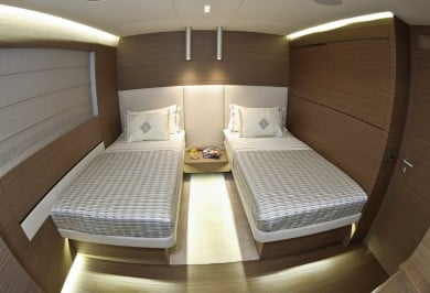 Charter Yacht OURANOS Twin Stateroom