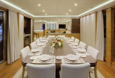 Quaranta Interior Dining
