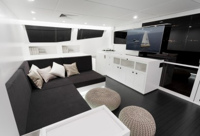 Sailing Catamaran LEVANTE Main Saloon