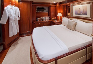 Sailing Yacht HYPERION Guest Double Cabin